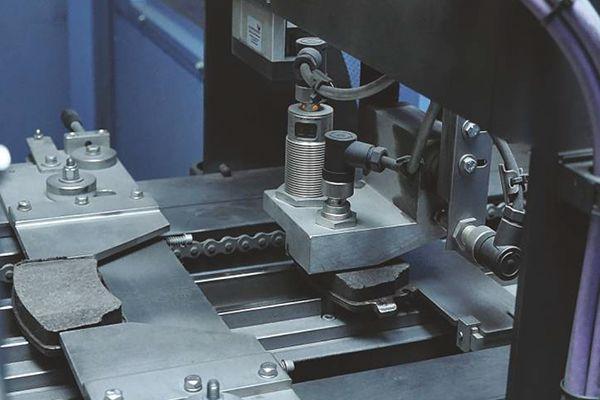 etapy produkcji klocków hamulcowych 23
